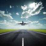 В яку пору року найчастіше затримують рейси?